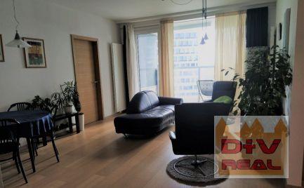 3 izbový byt, Landererova ulica, Panorama city, zariadený, loggia, možnosť parkovania, majiteľ akceptuje menšie zvieratko
