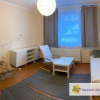 1 izbový byt, Bratislava-Karlova Ves, 35 m², Čiastočná rekonštrukcia