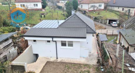 Na predaj rodinný dom kompletná rekonštrukcia, 451 m2, Zamarovce
