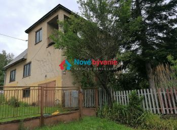 REZERVOVANÉ - starší rodinný dom v Snine (N106-12-MIM)