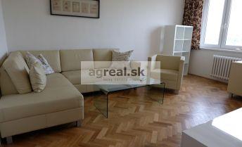 2-izb. byt s balkónom Bratislava III. Kramáre - ul. L.Dérera
