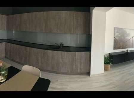 Zrekonštruovaný, zariadený 3 izb. byt / Piešťany