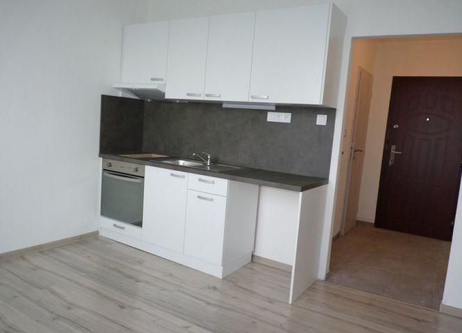 1 izbový byt - Šurany - Fotografia 1