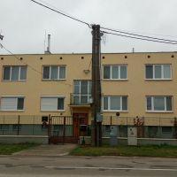 3 izbový byt, Ňárad, 71 m², Pôvodný stav