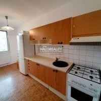 3 izbový byt, Sereď, 63 m², Pôvodný stav