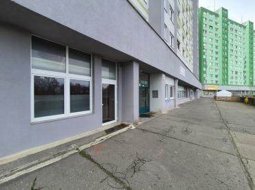 Obchodný priestor o výmere 40m2 na ulici Znievska