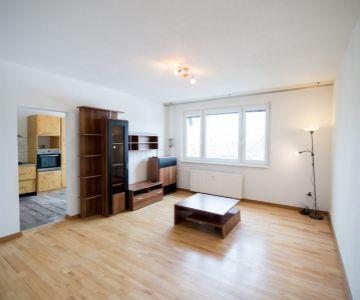 Rezervovaný Veľký 3 izbový byt na predaj, Liptovský Mikuláš - Podbreziny