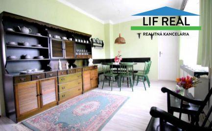 REZERVOVANÉ - Rodinný dom s veľkým pozemkom vo Vrútkach