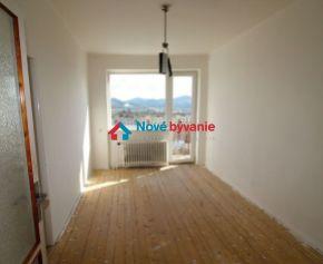 REZERVOVANÉ Na prenájom 3-izbový byt v rodinnom dome v Humennom (N011-213-ALM)