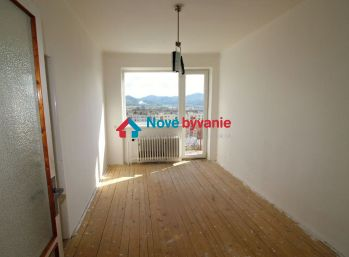 EXKLUZÍVNE NA PRENÁJOM 3-izbový byt v rodinnom dome v Humennom (N011-223-ALM)