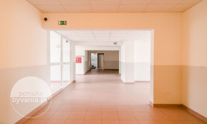 ponukabyvania.sk_Vŕbová_3-izbový-byt_KALISKÝ