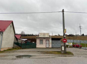 Na predaj pozemok v meste Krompachy 003-14-KAVAa