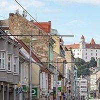 Reštaurácia, Bratislava-Staré Mesto, 100 m², Čiastočná rekonštrukcia