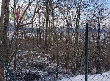 Rekreačný pozemok 1197 m2 Dubnica nad Váhom