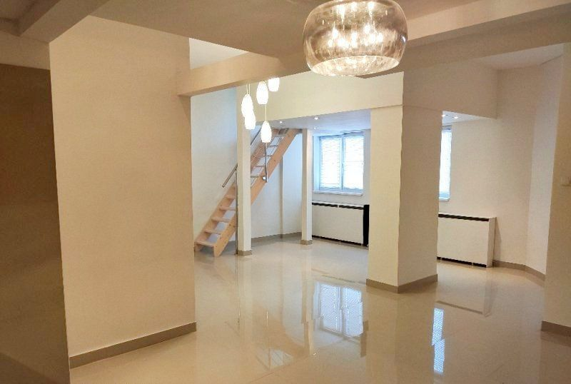 4-izbový byt-Predaj-Bratislava - mestská časť Petržalka-159600.00 €