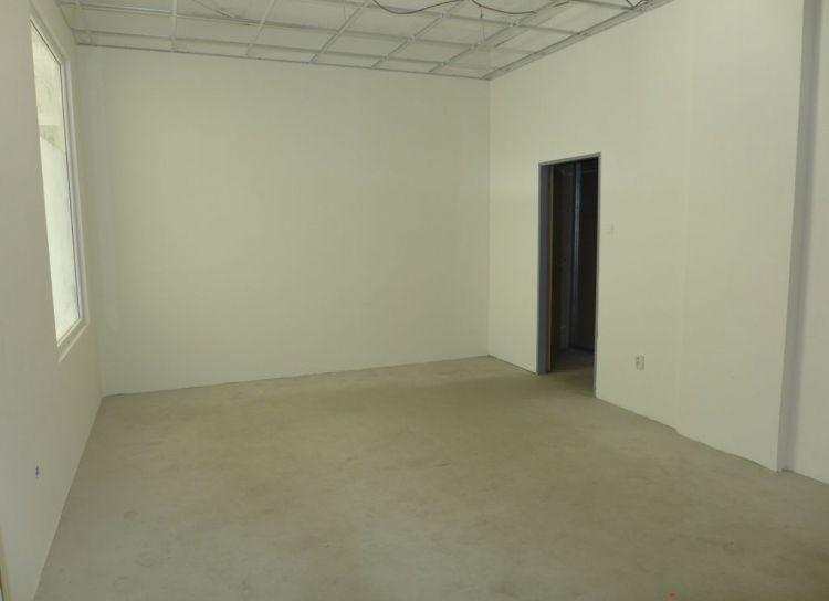 Prenájom obchodné priestory 36 m2 Žilina