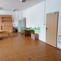 Kancelárie, Banská Bystrica, 32 m², Čiastočná rekonštrukcia