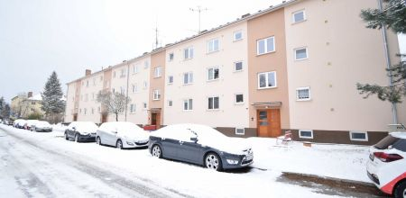 Ponúkame na predaj zariadaný 1i byt po kompletnej rekonštrukcii vo vyhľadávanej mestskej časti Sihoť I