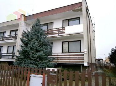 6 izbový podpivničený rodinný dom s garážou, Piešťany