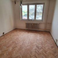 2 izbový byt, Spišská Nová Ves, 56 m², Čiastočná rekonštrukcia