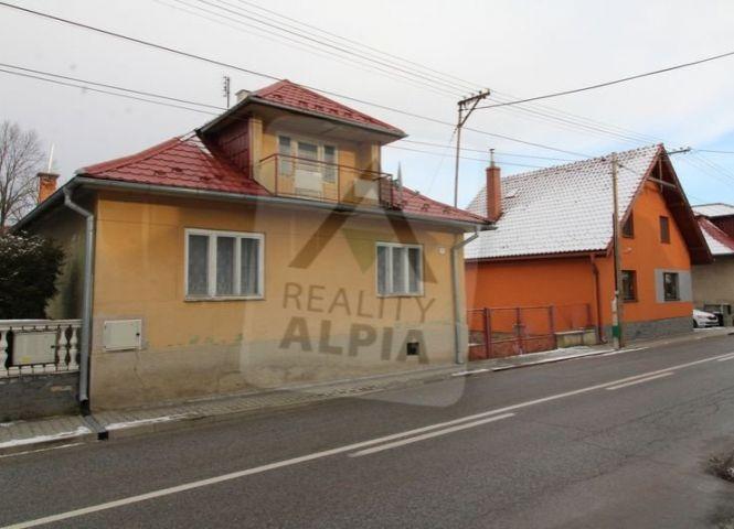 Rodinný dom - Iliašovce - Fotografia 1