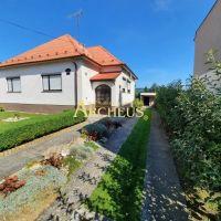 Rodinný dom, Madunice, 245 m², Čiastočná rekonštrukcia