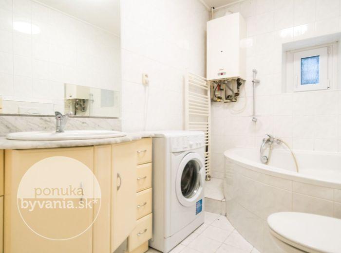 REZERVOVANÉ - PRIEVOZSKÁ, 1-i byt, 43 m2 - TEHLA, možnosť prerábky na 2-izbový, ORIENTOVANÝ DO POKOJNEJ ČASTI