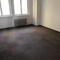 Iné, Prievidza, 73 m², Kompletná rekonštrukcia
