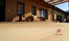 3D obhliadka - Nadštandardný rodinný dom v obci Tôň, predaj