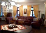 Ponúkame exkluzívne len u nás veľký apartmán v historickom dome