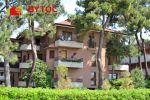 PREDANÉ! Útulný byt priamo pri mori s veľkým balkónom a krytým parkovaním v Taliansku na ostrove Grado - Pineta!