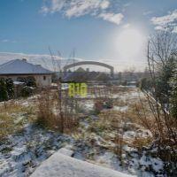 Pre rodinné domy, Nitra, 647 m²
