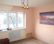 Na predaj pekný priestranný 3izb byt s balkónom v tehlovej bytovke