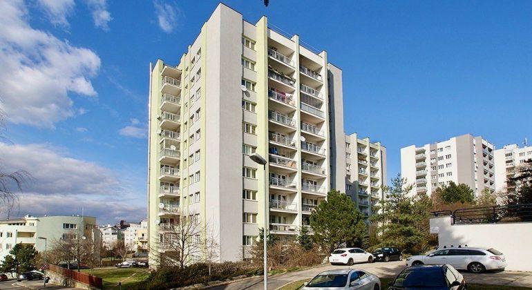 Na predaj 4 izbový byt s loggiou - Bratislava I., Bôrik