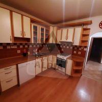 3 izbový byt, Komárno, 770 m², Kompletná rekonštrukcia
