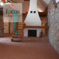 Rodinný dom, Lukavica, 483 m², Kompletná rekonštrukcia