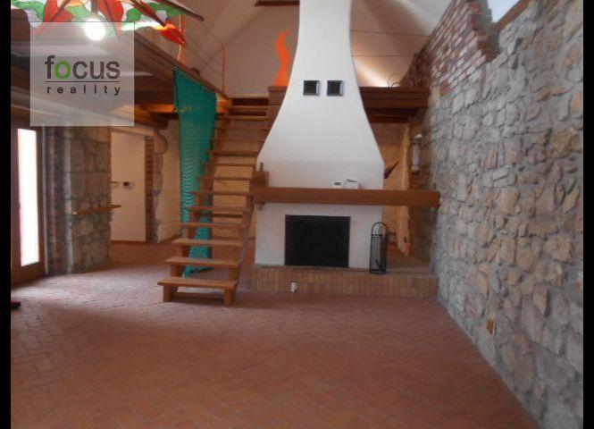 Rodinný dom - Lukavica - Fotografia 1