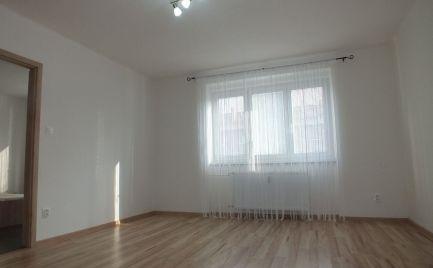 Tehlový 2,5 izbový byt v Komárne