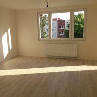 3 izbový byt, Dunajská Streda, 64 m², Pôvodný stav