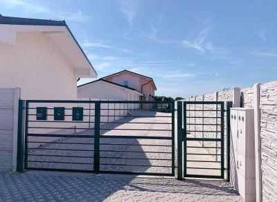 Posledný 4-izbový rodinný dom s garážou v štandarde s kuchynskou linkou v uzavretom komplexe