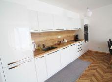 RK REALITY GOLD - Bratislava s.r.o. ponúka na predaj  novostavbu  4 izbového rodinného domu v obci Miloslavov, časť Alžbetin dvor
