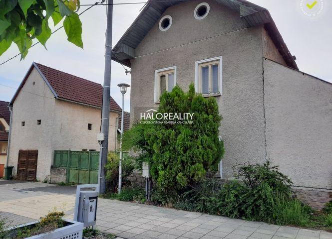 Rodinný dom - Hliník nad Hronom - Fotografia 1