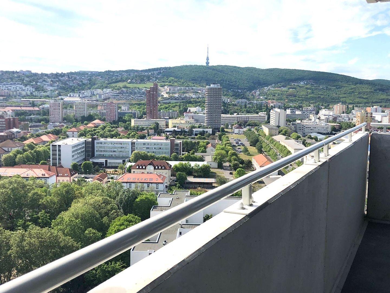 4-izbový byt-Predaj-Bratislava - mestská časť Nové Mesto-750000.00 €