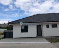 DIAMOND HOME s.r.o.ponúka Vám na predaj  3 izbový rodinný dom dvojdom v obci Kostolné Kračany