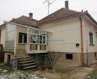DIAMOND HOME s.r.o.ponúka Vám na predaj 4 izbový rodinný dom v obci Jurová