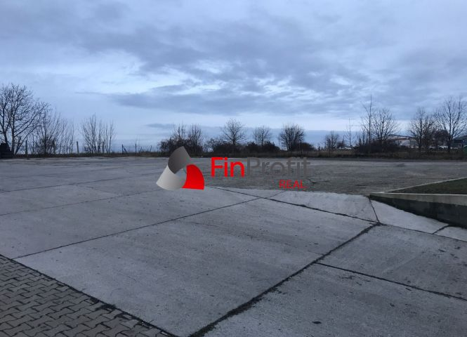 obchodné - Nitra - Fotografia 1