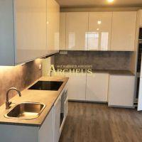 4 izbový byt, Bratislava-Petržalka, 72 m², Kompletná rekonštrukcia