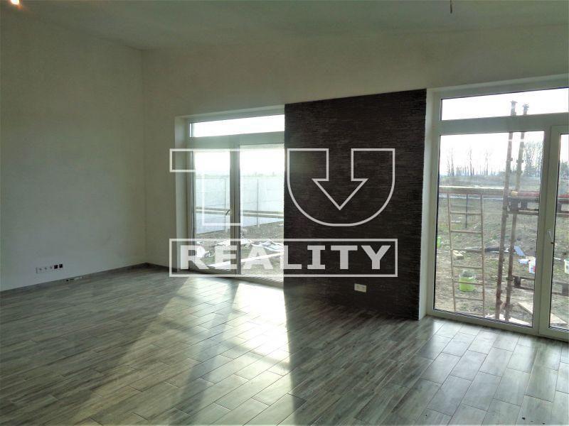 Rodinný dom-Predaj-Medzibrod-295980.00 €