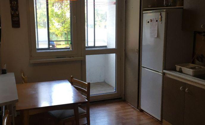PREDAJ - 2-izbový byt - Martin-Záturčie