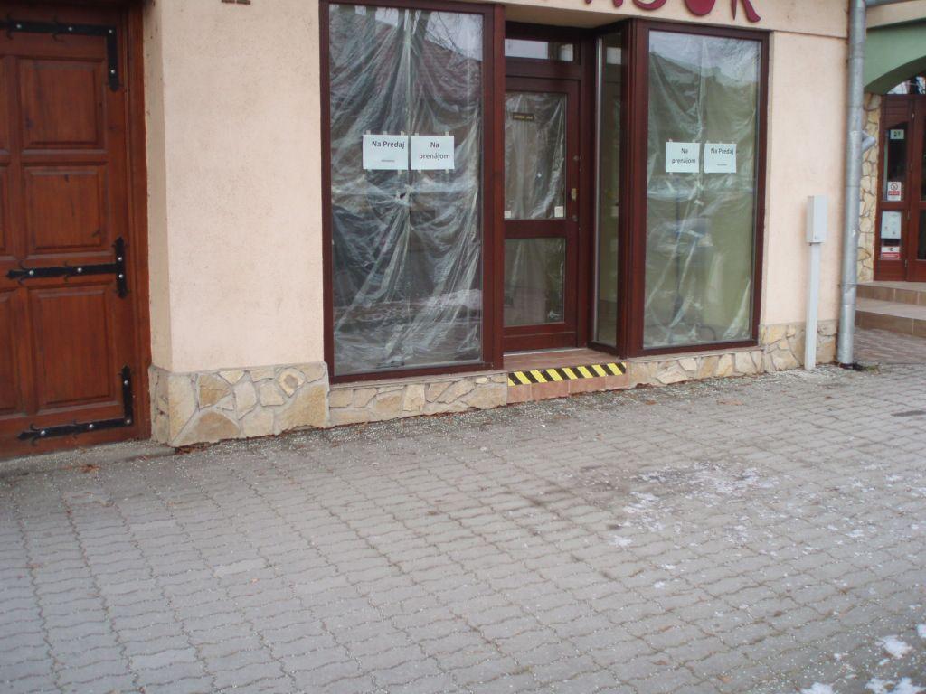 Obchodný objekt-Predaj-Moldava nad Bodvou-135000.00 €